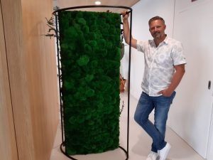 Plantenmuren en moswanden verlagen stress